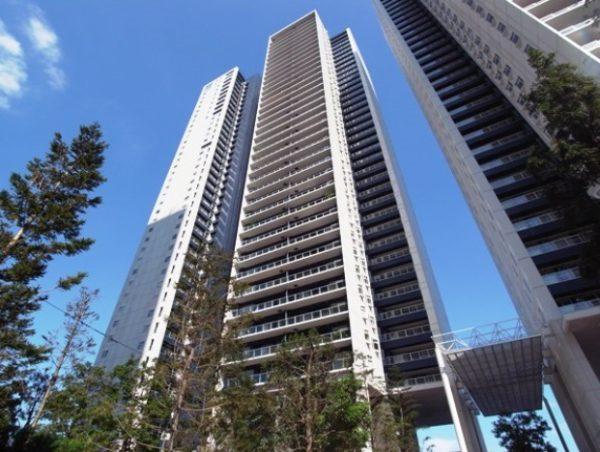 ワールドシティタワーズブリーズタワー
